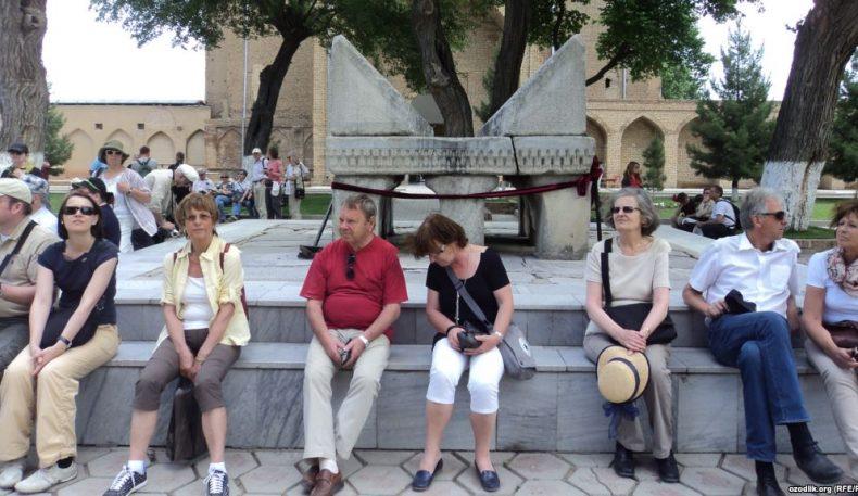 Ўзбекистонда ягона туристик виза жорий этилди
