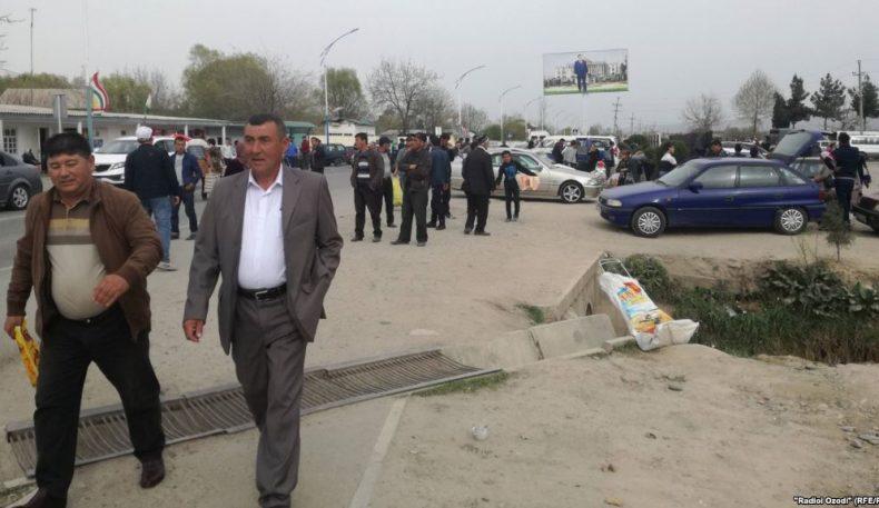 Тожикистоннинг чегараолди туманларининг аҳолиси ички паспортлар билан Ўзбекистонга бора олмаяпти