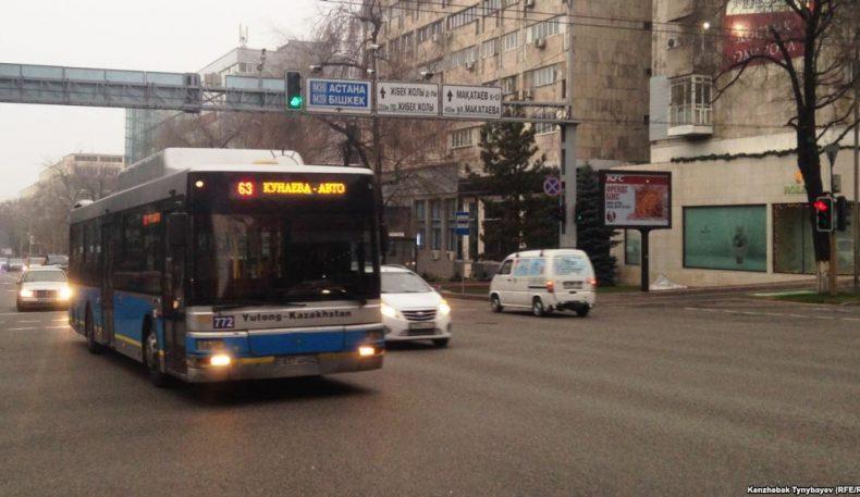 Олмаотада икки автобус тўқнашган пайтда 18 киши жабрланди