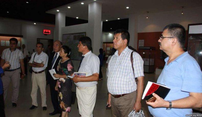 Журналистлар: Ўзбекистон ва Тожикистон ўртасидаги информацион бўшлиқни тўлдириш лозим