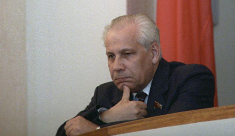 СССР Парламентининг сўнги раиси Лукьянов вафот этди