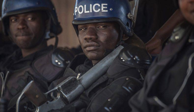 Зимбабведа норозилик намойишларида 170 киши жабрланди