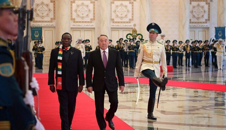 Зимбабве президенти Эммерсон Мнангагва Қозоғистонга расмий ташриф билан келди