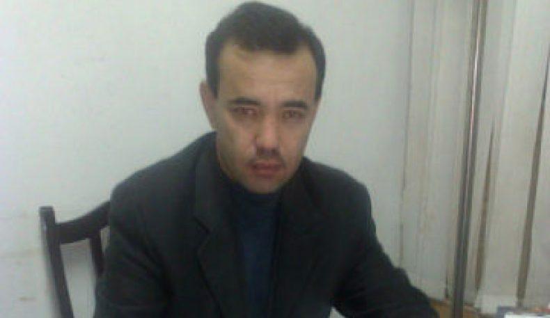 Журналист Турсунали Акбаровга нисбатан очилган даъво юзасидан биринчи суд мажлиси бўлиб ўтди