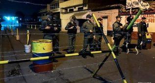 Колумбия дипломатлари венесуэлани пиёда тарк этди