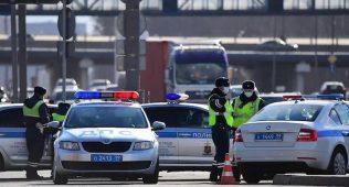 Полиция москвага кириш йўлларини назорат остига олди