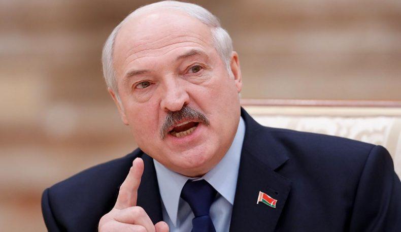 Лукашенко амалдорларни пандемия шароитида иқтисодиётни унутмасликка чақирди
